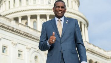 Congressman, former NFL-er Owens says he's done with league until 'America divider' Goodell is fired